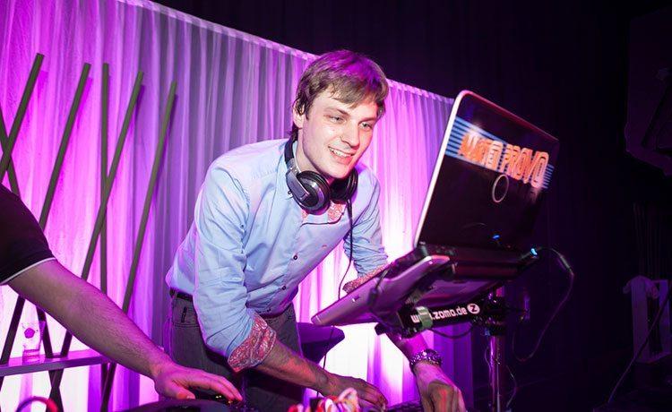 Goede DJ Intro